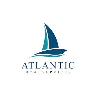 Barca a vela nave da crociera con onde logo design