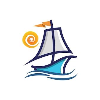 Barca a vela con un modello di logo di design del sole