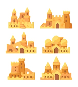 Castelli di sabbia. edifici estivi da favola su pala da mare e secchio per set vettoriale di costruttori di sabbia. illustrazione casa torre da favola, fortezza estiva