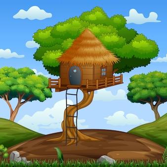 Scena con casa sull'albero in legno nella foresta