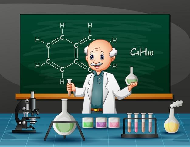 Uomo dello scienziato che effettua ricerca in un laboratorio