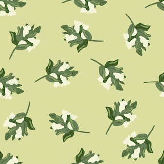 Patten doodle senza soluzione di continuità con rami verdi e bianchi disegnati a mano con ornamento di bacche.