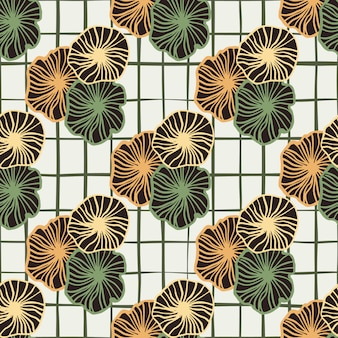 Seamless pattern doodle con ornamento floreale sagomato arancione e verde. sfondo bianco con quadretti neri.