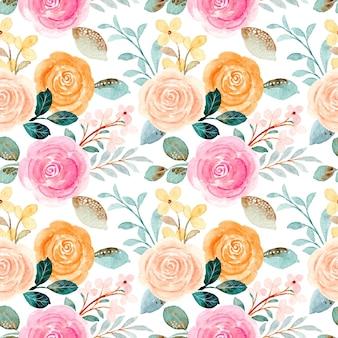 Modello senza cuciture di rose colorate con acquarello