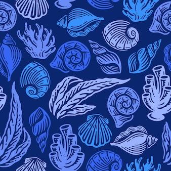 Modello senza cuciture di conchiglie e corallo in doodle vintage