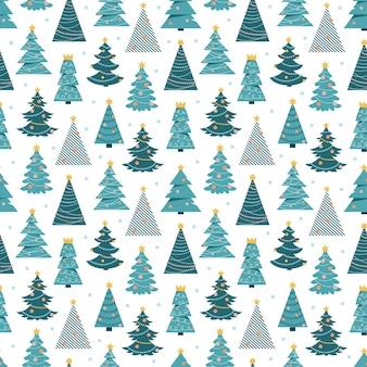 Modello senza cuciture con alberi di natale dei cartoni animati su sfondo bianco scandinavo semplice