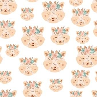 Modello senza cuciture con procione carino e bouquet di fiori rosa e blu. sfondo con animali selvatici in stile piatto. illustrazione per bambini. design per carta da parati, tessuto, tessuti, carta da imballaggio. vettore