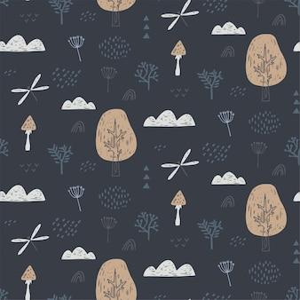 Modello senza cuciture con libellula, nuvole, alberi. reticolo della foresta disegnato a mano