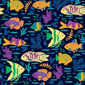 Modello senza cuciture con pesci oceanici. grafica vettoriale.
