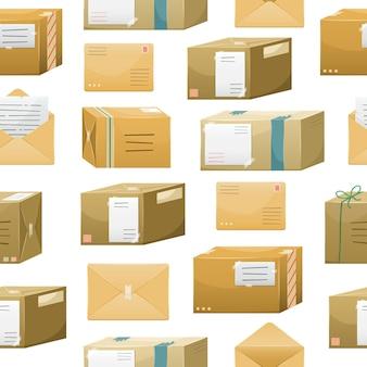 Modello senza cuciture con pacchi postali in scatole con un indirizzo di consegna e buste