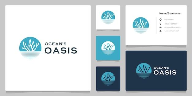 Design del logo dell'icona del cerchio della spiaggia dell'oceano delle alghe con biglietto da visita