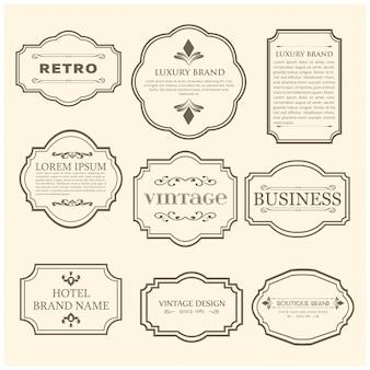 Set di 9 poster vintage. testo nero del campione su sfondo bianco dell'annata.