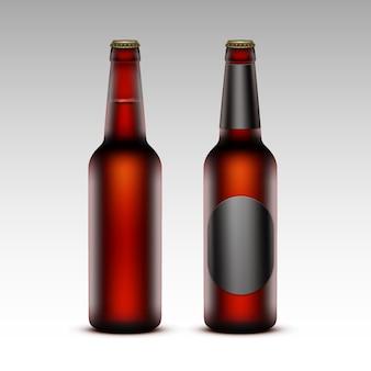Set di birra rossa bottiglie marroni con senza etichette