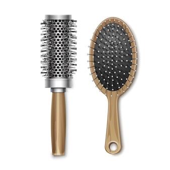 Set di legno marrone governare e plastica hot curling radiale spazzola per capelli pettine vista dall'alto isolato su sfondo bianco