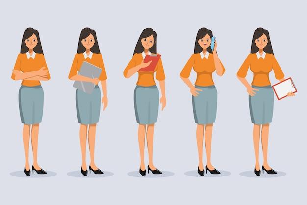 Set di differenza di carattere della donna di affari posa in stile ufficio.
