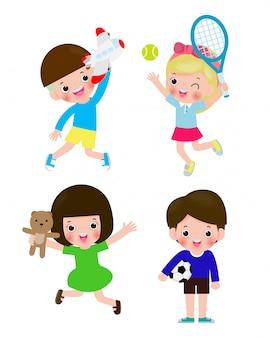 Insieme dei bambini con l'illustrazione isolata giocattoli