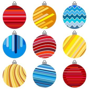 Set di palline di natale. decorazioni di natale su sfondo bianco.