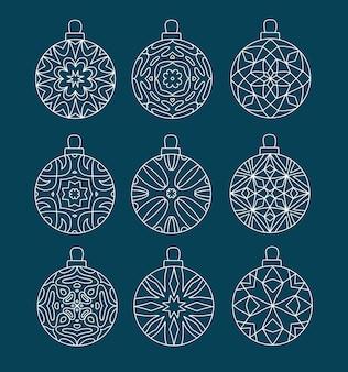 Set di palline di natale con motivi geometrici
