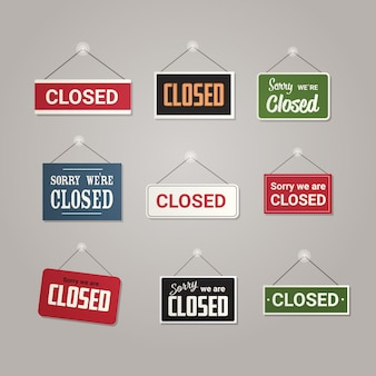 Impostare segni chiusi colorati appesi al di fuori del negozio o ristorante del negozio di ufficio aziendale