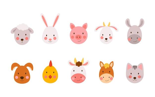 Set di simpatici animali da fattoria disegnati a mano in stile cartone animato