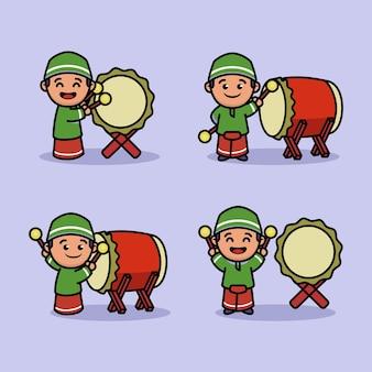 Set di carino ragazzino musulmano che gioca a tamburo bedug