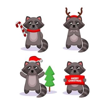Set di simpatico procione con costume natalizio e decorazioni
