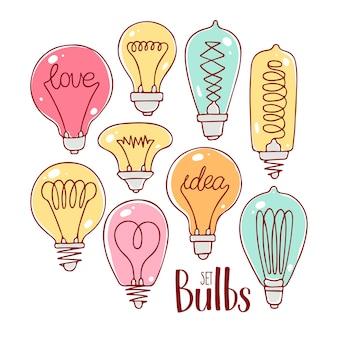 Set di simpatiche lampadine multicolori. illustrazione disegnata a mano