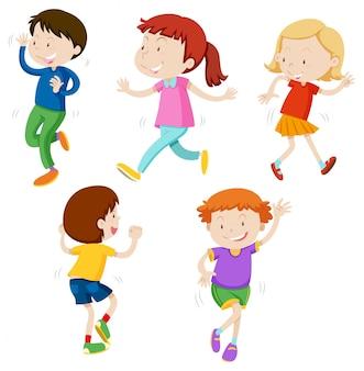 Una serie di bambini che ballano