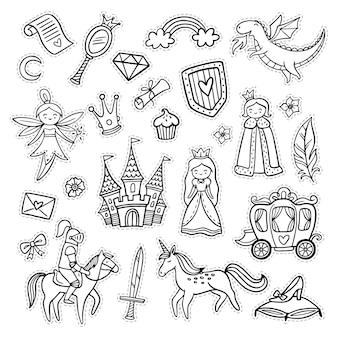 Set di oggetti da favola scarabocchiati