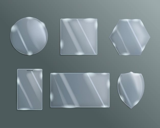 Una serie di vetri figurati di diverse forme.