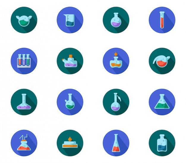 Set di boccette da laboratorio piatte, misurino e provette per diagnosi medica, esperimento scientifico. laboratorio chimico