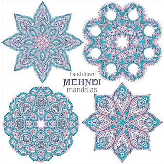 Set di quattro mandala di design pizzo rotondo astratto, elementi decorativi. stile mehndi, ornamento tradizionale orientale.