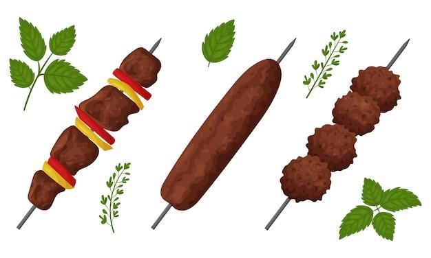 Un insieme di cibo a base di carne fritta. shish kebab, lula kebab, polpette.