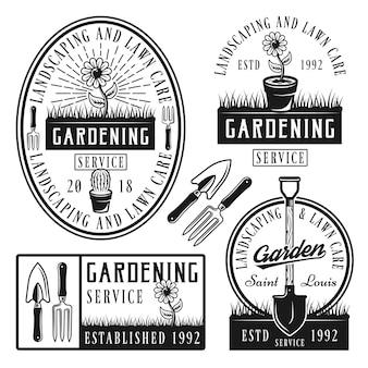 Set di badge logo servizio di giardinaggio o etichette in stile vintage