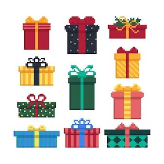 Set di scatole regalo isolato su sfondo bianco. 8 bit. grafica per giochi. illustrazione vettoriale in stile pixel art.