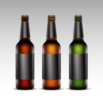 Set di bottiglie di vetro birra scura con etichette nere