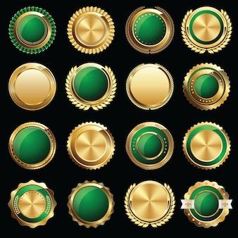 Set di sigilli e distintivi del certificato d'oro Vettore Premium