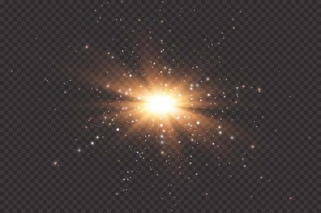 Set di effetti di luci incandescenti dorate d su sfondo trasparente. flash del sole con raggi e riflettori. effetto luce bagliore. la stella è esplosa di scintillii.