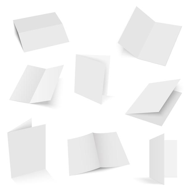 Set di spazi vuoti per opuscoli piegati a metà.