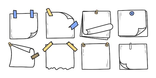 Set di blocco note doodle disegnato a mano per messaggi note stile doodle