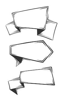 Set di disegnati a mano di etichette vuote, tag, isolati su sfondo bianco.