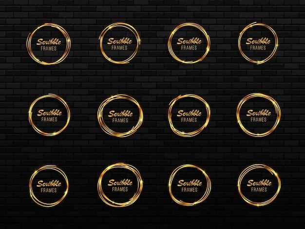 Set di cerchi dorati disegnati a mano cornici di cerchi di scarabocchi schizzo di cerchi disegnati