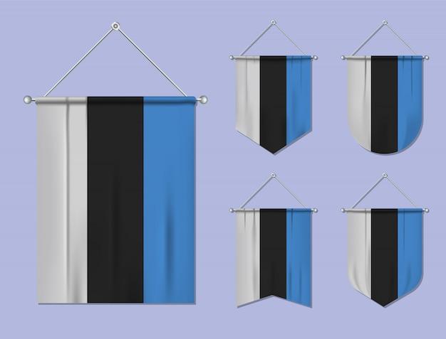 Set di appendere bandiere estonia con trama tessile. forme di diversità del paese di bandiera nazionale. stendardo modello verticale