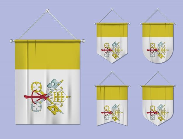 Set di appendere bandiere città del vaticano con trama tessile. forme di diversità del paese di bandiera nazionale. stendardo modello verticale Vettore Premium