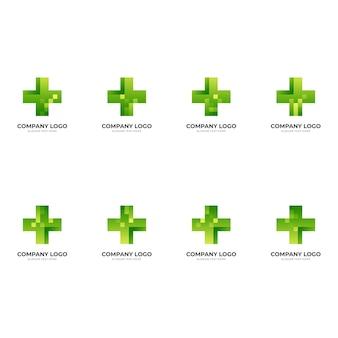 Imposta il logo della tecnologia sanitaria, la croce e il pixel, il logo combinato con lo stile di colore verde 3d