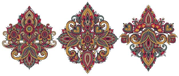 Set di elementi floreali all'henné basati su ornamenti tradizionali asiatici. collezione mehndi paisley