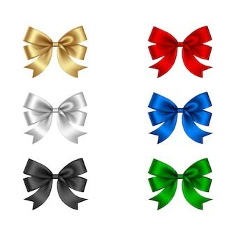 Set di fiocchi colorati isolati