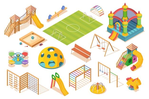 Insieme di elementi di parco giochi isolati, vista isometrica. bambini o ragazzi giocano con le attrezzature da terra. scivolo e giostra, campo da calcio e altalena, sabbiera, scala svedese, castello e panchina. giocare e oggetto di gioco