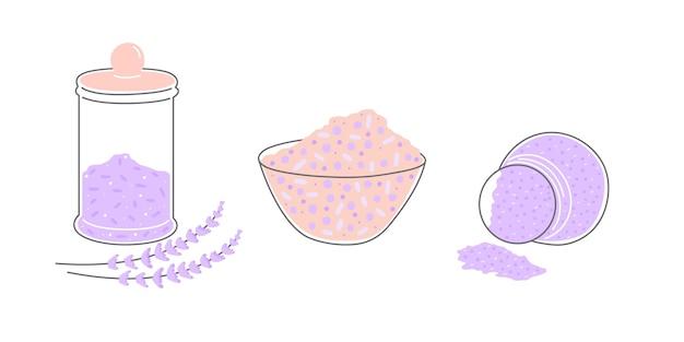Un set di sale alla lavanda o scrub da bagno in diversi contenitori. polvere organica per trattamenti di bellezza.