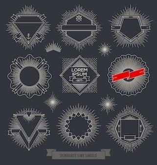 Set di emblema linea, segno ed etichette con raggi di sunburst